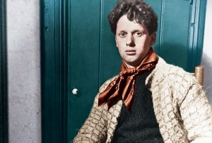 Dylan Thomas. Image: Hulton Archive/Getty. Tinting by Dan Murrell Rowan Williams reviews