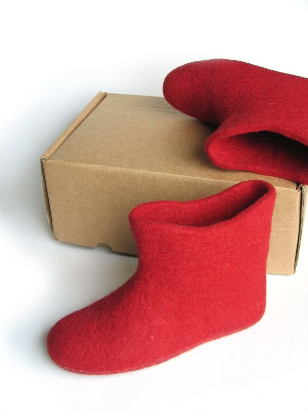 Women felt shoe Red felt wool booties slippers Maternity shoe Autumn winter felt slipper clog High boot by FeltingLT on Etsy
