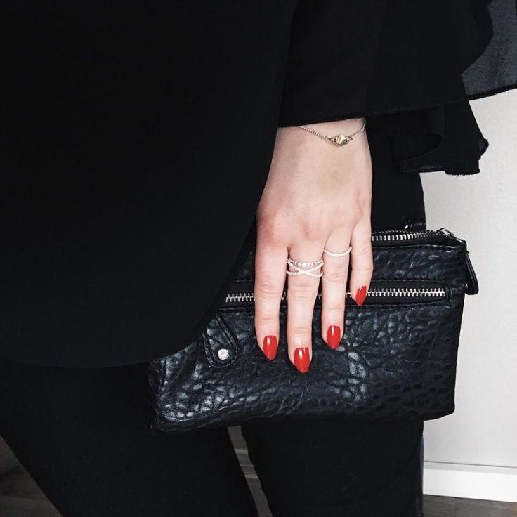Styling by pernillelorup showing Delight diadem Zirconia Ring Silver, Cross Zirconia ring Silver and Wave Zirconia Ring Silver #jewellery #Jewelry #bangles #amulet #dogtag #medallion #choker #charms #Pendant #Earring #EarringBackPeace #EarJacket #EarSticks #Necklace #Earcuff #Bracelet #Minimal #minimalistic #ContemporaryJewellery #zirkonia #Gemstone #JewelleryStone #JewelleryDesign #CreativeJewellery #OxidizedJewellery #gold #silver #rosegold #hoops #armcuff #jewls #jewelleryInspiration…