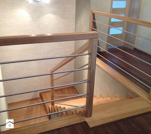 Aranżacje wnętrz - Schody: Schody Dywanowe - Jarosz-schody. Przeglądaj, dodawaj i zapisuj najlepsze zdjęcia, pomysły i inspiracje designerskie. W bazie mamy już prawie milion fotografii!
