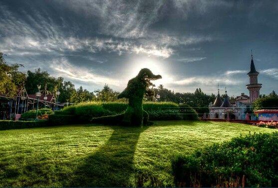 17 best images about disneyland paris in hdr on pinterest for Jardin walt disney