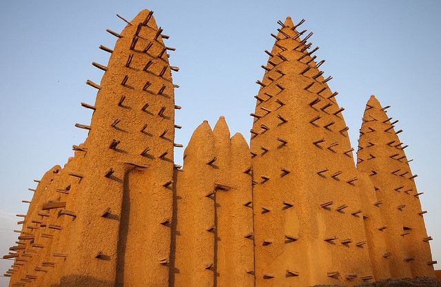 Early morning light on Koros mud mosque