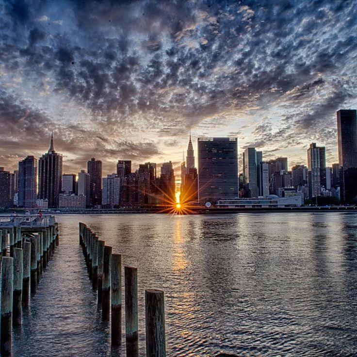 #Manhattanhenge #long Island City #New York #sundown