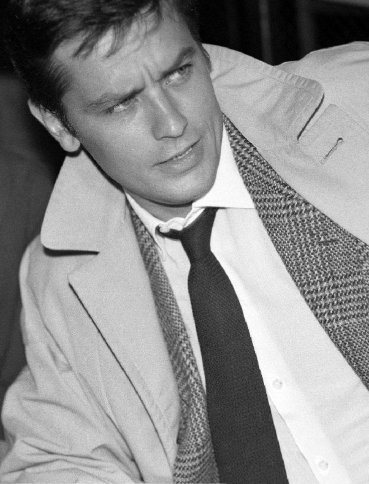Alain Delon photo 367681