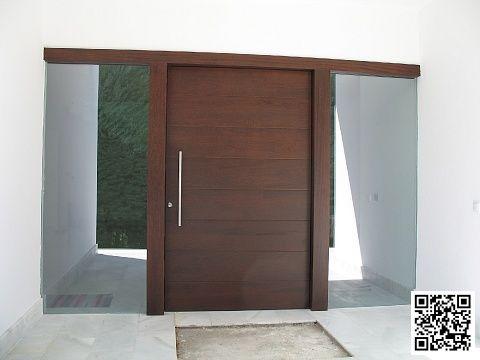 Puerta entrada madera finest puertas de entrada with for Modelos de puertas principales modernas