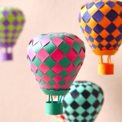 We have found 10 Fun DIY Paper Projects that we know you will love! (via paper matrix)Fun Diy, 10 Fun, Diy Gifts, Paper Projects, Handmade Crafts, Hot Air Balloons, Paper Crafts, Diy Projects, Diy Paper