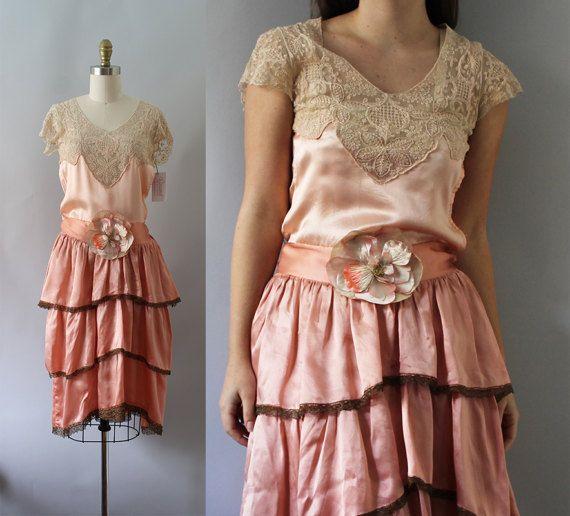 zijden jurk van de jaren 1920 / Vintage antieke door CaramelVintage