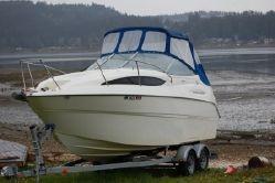 Bayliner 245 24  www.gig-harbor-yacht-detailing.com