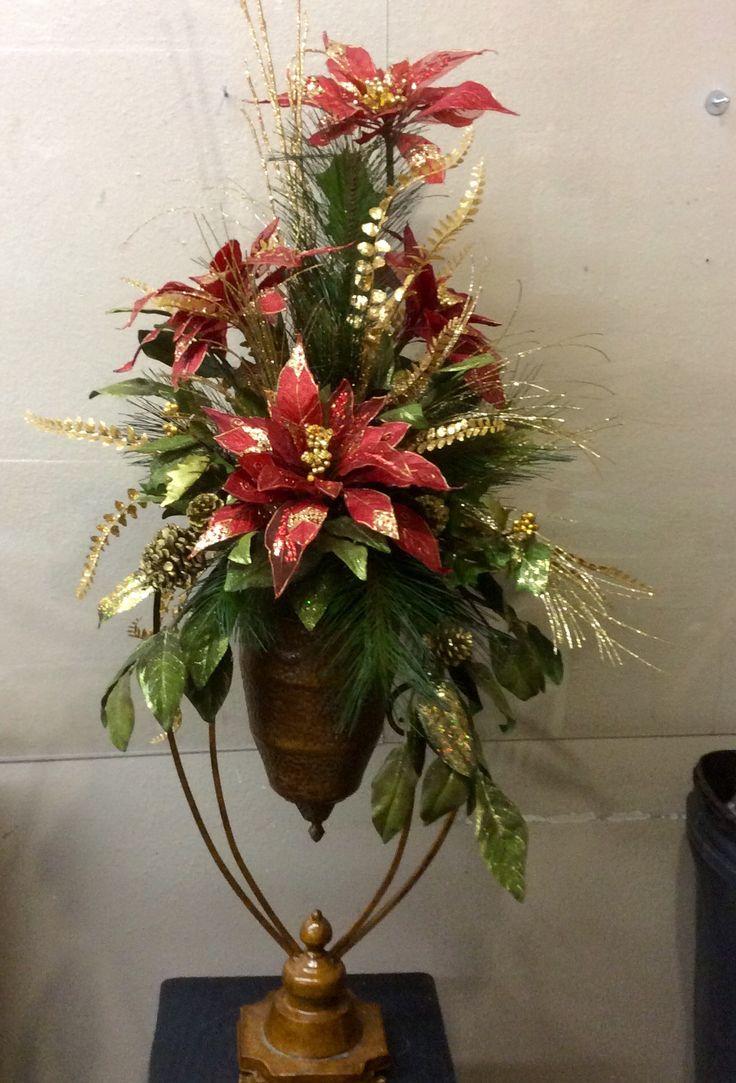 Poinsettia Elegant