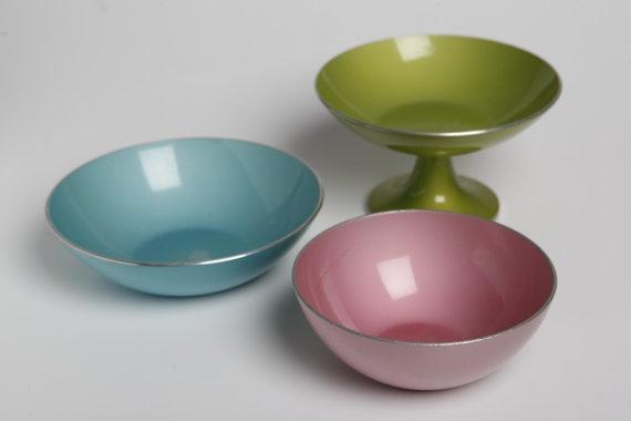 Mid century danish modern enamelware bowls in lovely pastel colours Emalox - $65.00