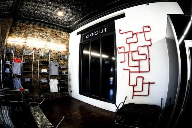 DEBUT IN-STORE #debut #fashion #storedesign #style