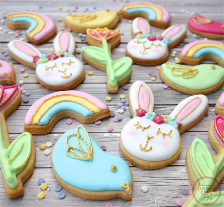 Iced Easter Bunny Biscuits #Easter