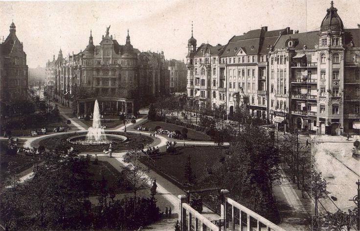 Berlin | Architektur. Viktoria-Luise-Platz, SchönebergViktoria-Luise-Platz, Schoeneberg