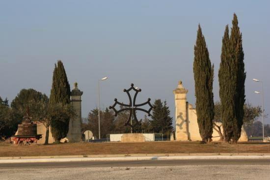 Aubord  la croix Occitane - Gard