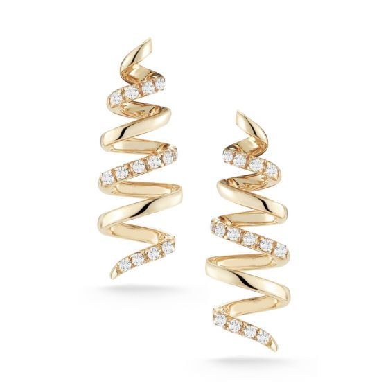 Playful with a hint of edge, these spiral studs have it all. Minimal enough to stack with other delicate styles, this yellow gold pair is the perfect wear-with-anything piece you can rock everyday and make uniquely yours.