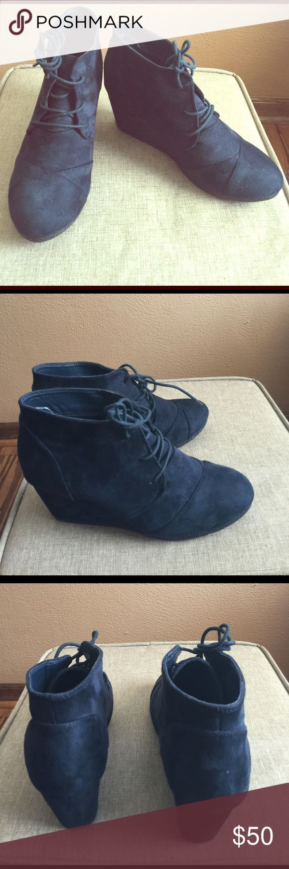 Navy Blue wedge bootie 9 1/2 NEW Dream Pairs navy blue wedge booties size 9 1/2 NEW never worn Dream Pairs Shoes Ankle Boots & Booties