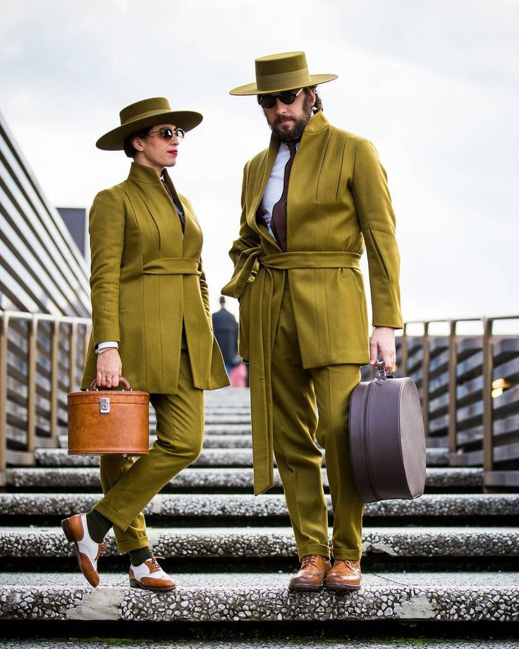 Quién dijo que coordinar outfits no era cool? #PittiUomo I Foto: Getty Images