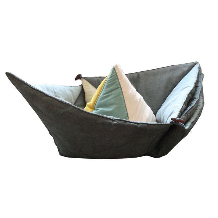Krabbeldecke lässt sich zu Schiff falten