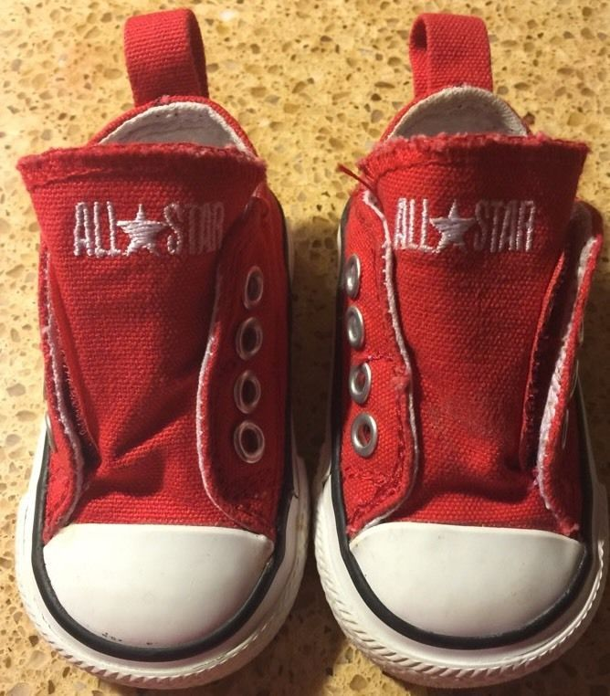 red converse boys size 2