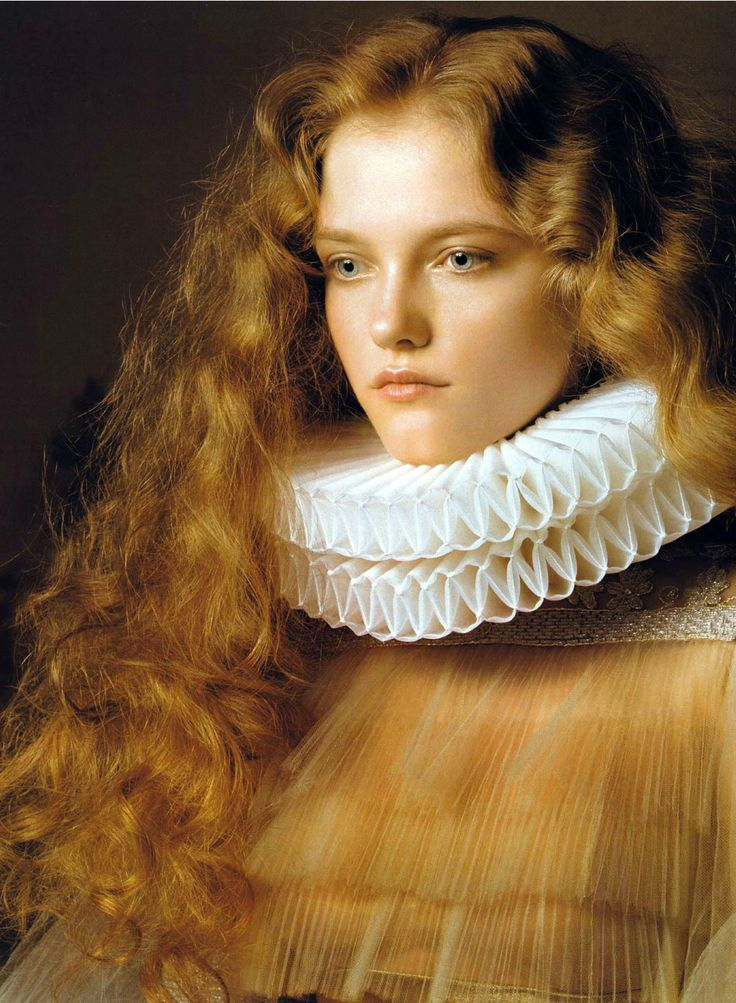 Vlada Roslyakova - http://models.com/models/Vlada-roslyakova - - Renaissance - Pierluigi Maco photography - Vogue China, 2007 - http://www.fashiongonerogue.com/queen-of-the-renaissance/
