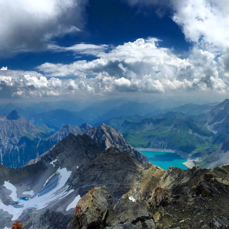Schesaplana Austria/Switzerland - View from the summit of the Schesaplana on the Lünersee. [2964x2964] OC