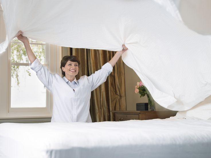 Voortaan hoef je niet meer te worstelen met je donsdeken om de bedlakens te verversen. Dankzij het handige trucje van Steve Holmes uit het Britse Yorkshire...