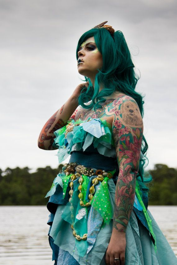 7 best halloween images on pinterest carnivals halloween makeup mermaid sea princess dress costume halloween fancy dress upcycled turquoisegreen shell solutioingenieria Image collections