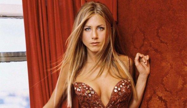 Secretele frumusetii Jennifer Aniston -->> http://sfaturi-medicale.info/secretele-frumusetii-jennifer-aniston/