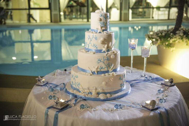 Torta nuziale tema marino per un matrimonio da sogno a Villa Posillipo