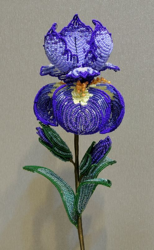 Free Crochet Pattern For Iris Flower : 25+ best ideas about Beaded Flowers Patterns on Pinterest ...