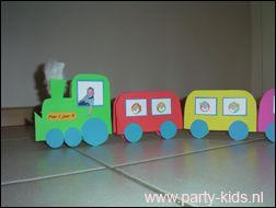 Afbeelding van treintjes van rozijntjes