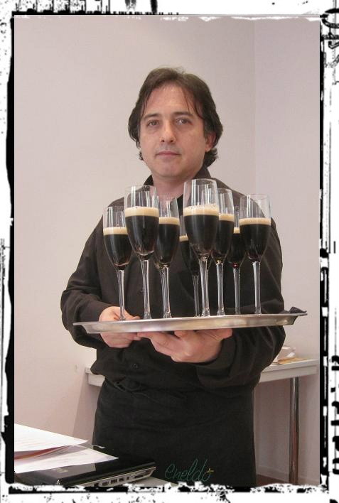 Chema Ael de Eneldo Catering (www.eneldo.es). 'Maridajes con Cerveza'  en la Unión Española de Catadores (UEC). UCMgastro 18.05.2013. Imagen Nuria Blanco, @nuriblan