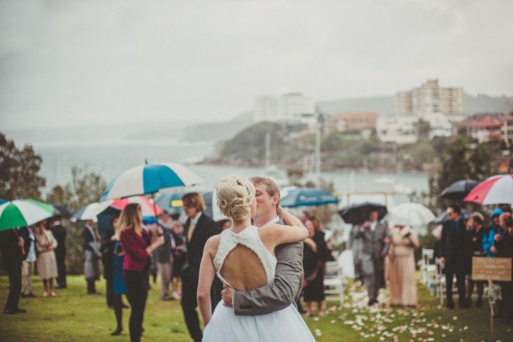 love-kiss-photos-marriage-sydney-australia