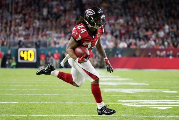Atlanta Falcons running back Devonta Freeman has been ruled out of Saturday's preseason game against the Arizona Cardinals, the team…