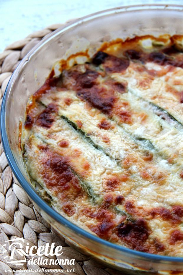Parmigiana di zucchine - Zucchini parmigiana