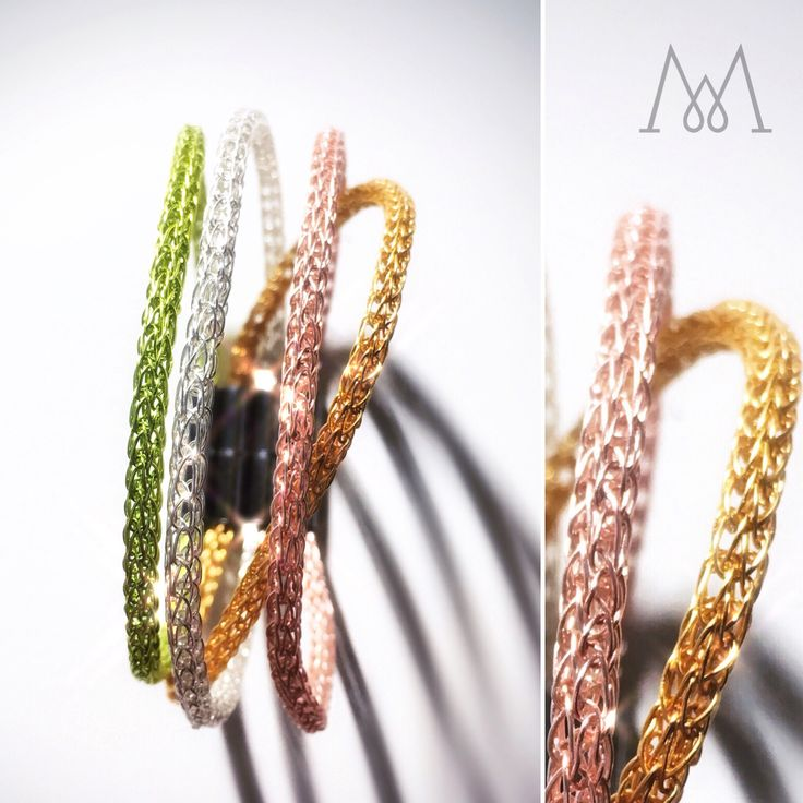 Elegant wire bracelets ideal for bridesmaids to wear during the wedding and keep after as a gift. They come in gold, silver or rose gold and you can mix&match with other color wires as well. That way it can match the wedding theme color palette. 🎁 💝👰 #wedding #accessories #jewelry #jewellery #gold #silver #rosegold #gilt #viking #vikingknit #wire #wearableart #bracelet #fashion #trendy #elegant #luxury #glamour #women #bride #bridesmaid #green #olive #theme