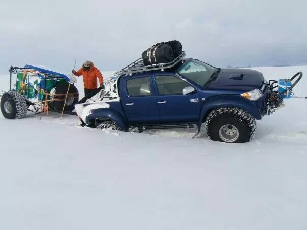 Antarctica try n its damed to swallow up the expedition trucks.