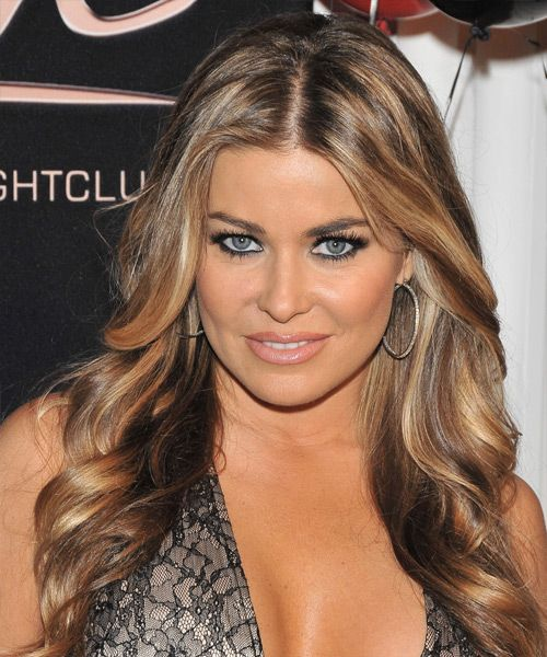 carmen electra looks much better with lighter hair