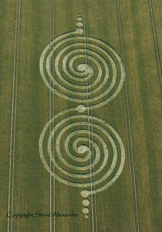 Crop Circle - Aliens? No - demonic, fallen angels activity! they show wichcraft…