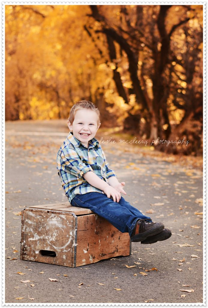 Fall Family Photography ][ Fall Outfit Ideas ][ Utah County Photography ][ Children's Photography