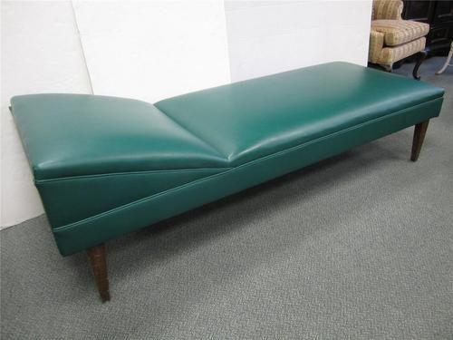 Elegant mid century modern danish chaise sofa british for Chaise x racer