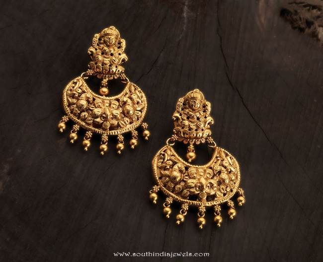 Gold Temple Earrings from Karpagam Jewellers
