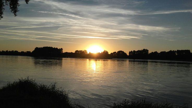 Couché de soleil à St Été sur Loire