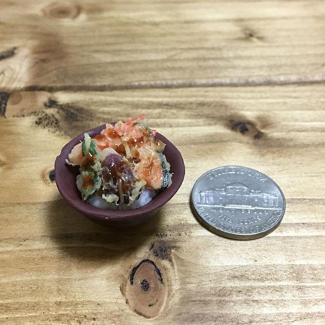 #天丼 #天ぷら #丼もの #えび #ししとう #なす #かぼちゃ #和食 #日本食 #tendon #tenpura #donmono #washoku #japanesefood  #yummy #yum #lunch #dinner  #handmade #claywork #miniature #fakefood