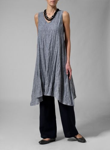 Flowing crumpled linen sleeveless blouse to wear as a dress, blouse or jumper.