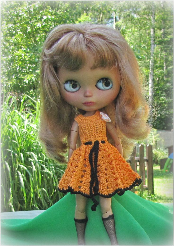Crocheted dress for Blythe doll. Free shipping by Shopdollwithowl on Etsy