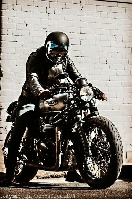 Nothing compares to the simple pleasure of bike ride.#Webgranth Find more latest #Chopper #Bike #Wallpaper and keep sharing!!!