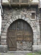 texture arch medieval wooden old stones door