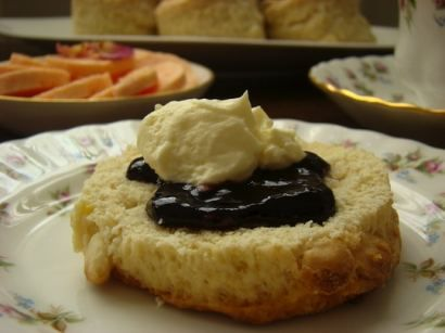 South African Style Scones. Sooooo craving these lately.
