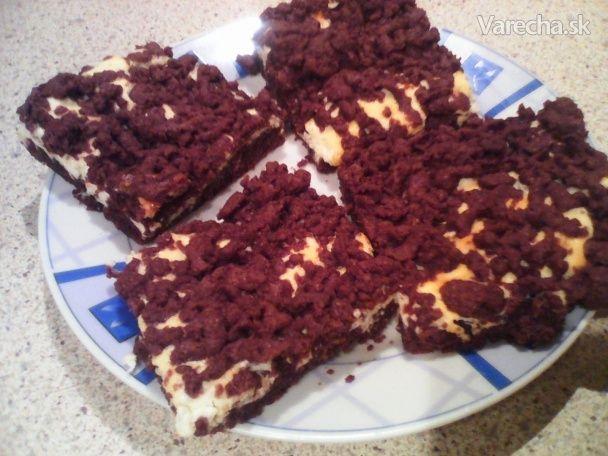 Nesmierne výborný koláč.Už pri pečení z neho cítiť krásnu vôňu po celom dome.